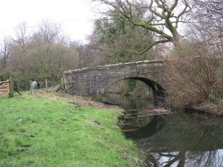 bridge-over-canal-pontardawe-ynysmeudwy-465023-bridge-7