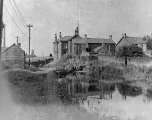 47.Clydach Lock.  The little building onthe left was a blackmiths.  All locks ont he canal were the same width - 8ft.