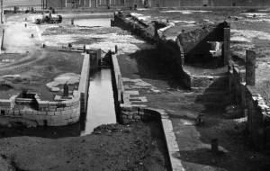 01-swansea-canal-locks-cropped
