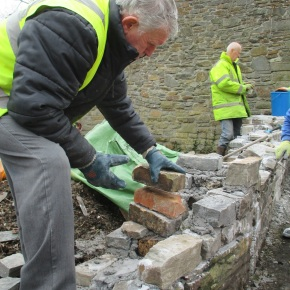 Building the wall, Clydach Lock