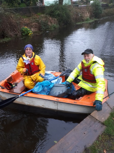 MIke and Alan return to Coed Gwilym Park from a litter picking cruise to Trebanos.